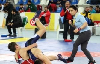 Anadolu Yıldızlar Ligi Serbest ve Grekoromen Güreş Türkiye Finali