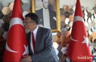 Alaşehir Belediye personeli 'Gençliğe hitabeyi' okuyup klip çekti