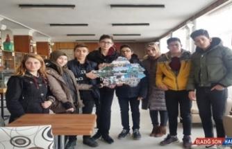 Meslek Lisesi öğrencileri Kütahya'yı tanıttı