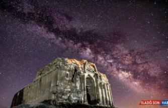 (Özel) Bin 700 yıllık kilise, ilk kez gece fotoğraflandı