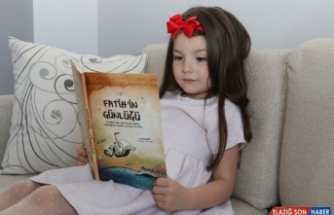 """Sivas'ta """"Fatih'in Günlüğü"""" öğrencilere dağıtılıyor"""