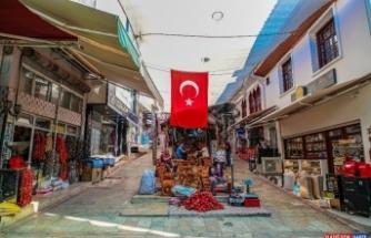 800 yıllık tarihi çarşıya Büyükşehir eli değiyor