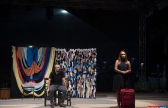 Mersin'deki tiyatro toplulukları, belediyenin desteği ile oyunlarını sahnelemeye başladı