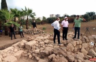 Rektör Çamsarı'dan Soli Pompeiopolis kazı alanında inceleme