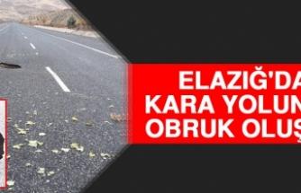 Elazığ'da Kara Yolunda Obruk Oluştu