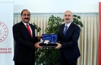 """""""Türkiye ile Irak arasında doğrudan demir yolu bağlantısı kurulması önceliğimiz"""""""