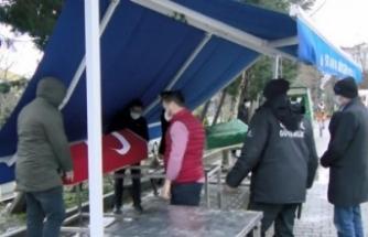 35 yaşındaki polis memuru koronavirüsten hayatını kaybetti