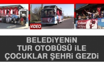 Belediyenin Tur Otobüsü İle Çocuklar Şehri Gezdi