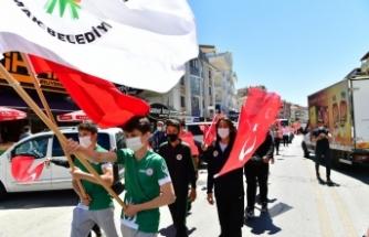 Mamak Belediyesi sporcuları 19 Mayıs için yürüdü