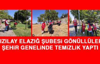 Kızılay Elazığ Şubesi Gönüllüleri Şehir Genelinde Temizlik Yaptı