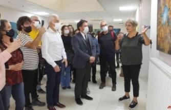 Balıkesir'de Kadın Ressam Çiftçi Eğitim Merkezinde sergi açtı