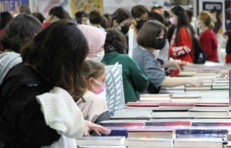 """Başkan Zolan, """"Kitapların kokusunun alınması dahi bizim için bir kazançtır"""""""