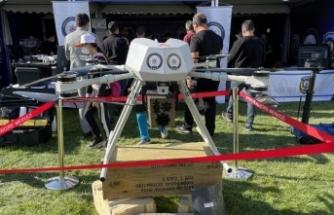 """Dünyanın ilk lazer silahlı dronu """"Eren""""e festivalde büyük ilgi"""
