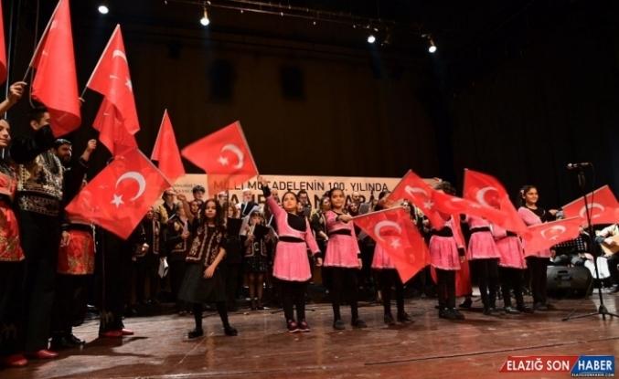 Kurtuluşun 100'üncü yılı 'Türk Halk Müziği' ile kutlandı