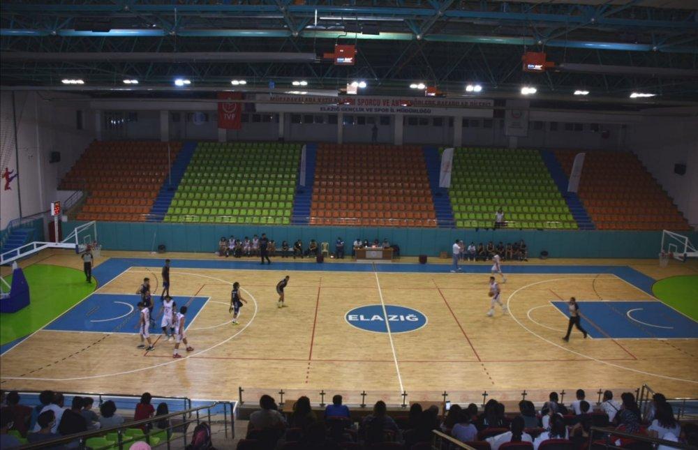 Elazığ'da U18 Basketbol Müsabakaları Sona Erdi - Elazığ Son Haber - Elazığ  Haber - Elazığ Son Dakika Haberleri